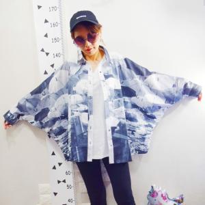 【antiqua】アンブレラ柄シャツでモノクロコーデ♪&楽天ファッションランキングで人気のアイテム!