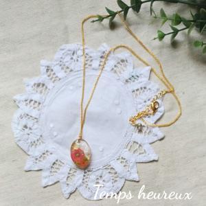 レジンdeお花とパールのネックレス