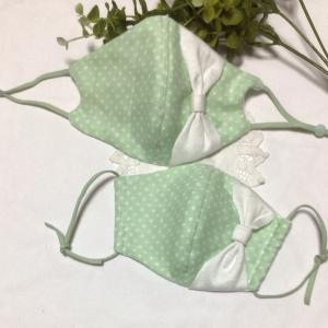 緑✖️白リボンの子供マスク