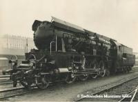 技術博物館で大型蒸気機関車12.10号機の展示開始