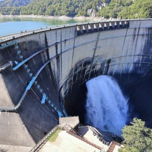 立山黒部アルペンルート5 - 観光放水