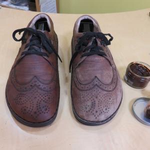 靴磨き:ビフォー・アフター