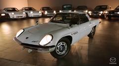マツダのロータリーエンジン搭載車に思いを馳せる動画