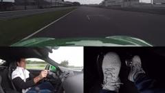 元F1ドライバー マーク・ウェバーがポルシェ 718 ケイマン GTS 4.0 でサーキットを攻める