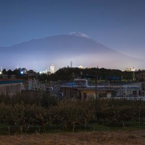 夜の岩手山