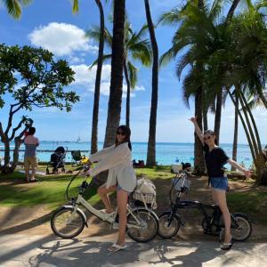 快適ハワイ!アロホノ電動自転車ライフ♡海が見えるカフェ