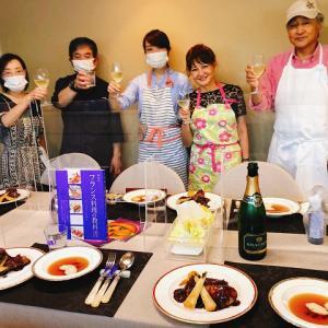「川上文代のフランス料理認定講座」3期生3回目は、鶏&オマール海老☆