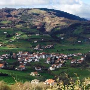 スペイン国内カナリア諸島でイタリア人医師に陽性反応