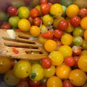 家庭菜園のトマトでトマトソース作り