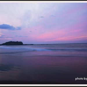 桜色の夜明け(イタンキ浜)