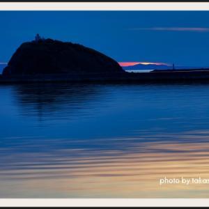 噴火湾越しに沈む夕陽
