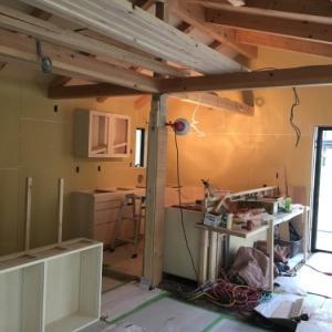 地下1地上2 木造住宅完成間近!