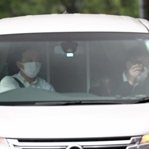 山口達也容疑者が追突の車両は、警察官が運転していた。