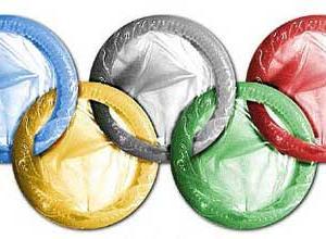 五輪選手向けのコンドームは帰国時に配布「母国に持ち帰って啓発してもらう」
