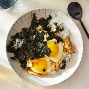 ニューヨークも惚れ込んだ韓国料理「醤油卵ごはん」(笑)