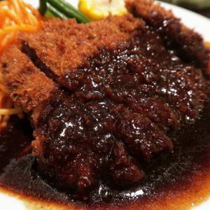 創業1936年神戸三宮の老舗洋食屋でランチ 欧風料理 もん @ 神戸三宮 200627