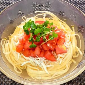 稲庭うどんのなんちゃってイタリアンひやかけうどん 5月30日の自宅昼麺 @ 鷹合倶楽部 200530