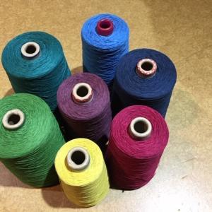 経糸の色色色・・・・を準備