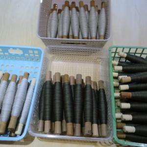 用意した管巻き糸二色で畦取りは三回