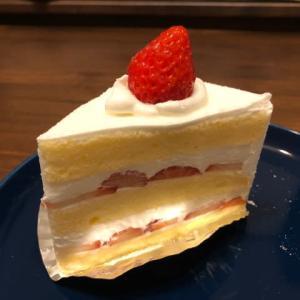 Y'sのケーキ購入