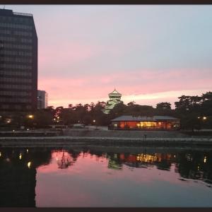 夕焼け小倉城