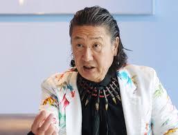 山本寛斎さん、白血病で逝去