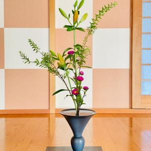池坊の生花(しょうか)の三種生けがマイブームです