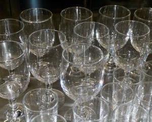 グラスの腐食