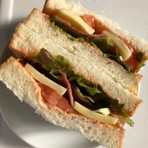 乃が美の生食パンをサンドイッチに!