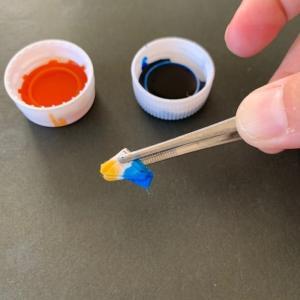 小さい紙で染める…田村さんのブログから