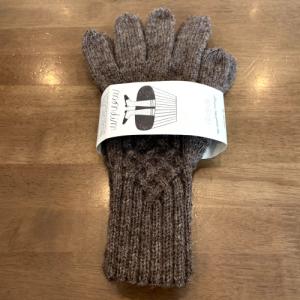 5本指手袋を編みました。