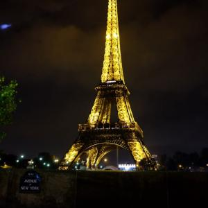 やっぱり夜のエッフェル塔は綺麗だった