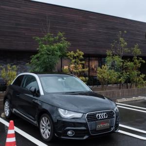 A1で久々雨の長崎郊外スタバモーニング