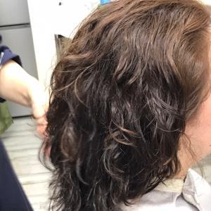 髪質改善とヘアカラー