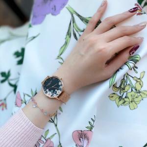 ヴィクトリア・ハイド ロンドン♡アクセサリーみたいな腕時計