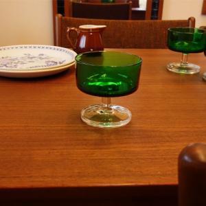 超グリーン*ヴィンテージのフランス製シャーベットグラス