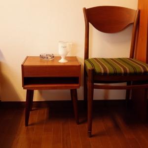 夜のテーブルって*北欧ヴィンテージ・ナイトテーブル