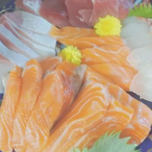手巻き寿司の夕食♡と、こうも暑いと、、