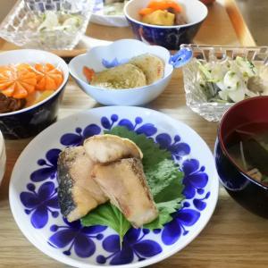 ぶりの竜田揚げの夕食♡と、買わされました~