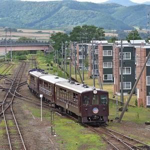 JR北海道DE15(快速富良野・美瑛ノロッコ号/富良野駅・学田~鹿討間)