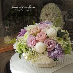 #優しいピンクのお供え花