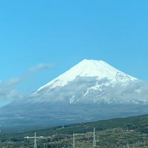 富士山見えると心が晴れますね