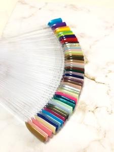 新しく50色以上入荷しました!400色以上のカラーからジェルネイルの色を選ぶ楽しみ♡