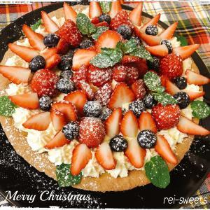 今年のクリスマスケーキ★イチゴのタルト♪
