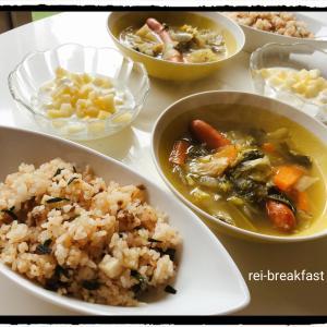 朝ごはんのスープが美味しい(^q^)