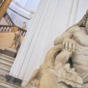 南イタリア 8-3 ナポリ国立考古学博物館1 ナポリ