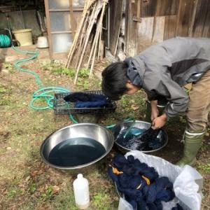 吾妻山の湧水
