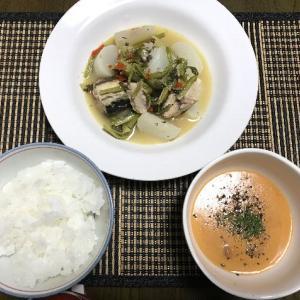 カブとサバ缶の煮物とナスと豚バラのめんつゆ炒め