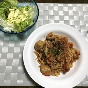 エビと鶏団子のトマトソースパスタ