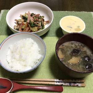 ベーコンと野菜の炒め物